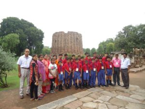 Rising School Tour Qutub Minar